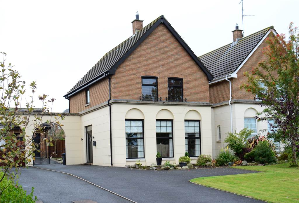 3 Demesne Court